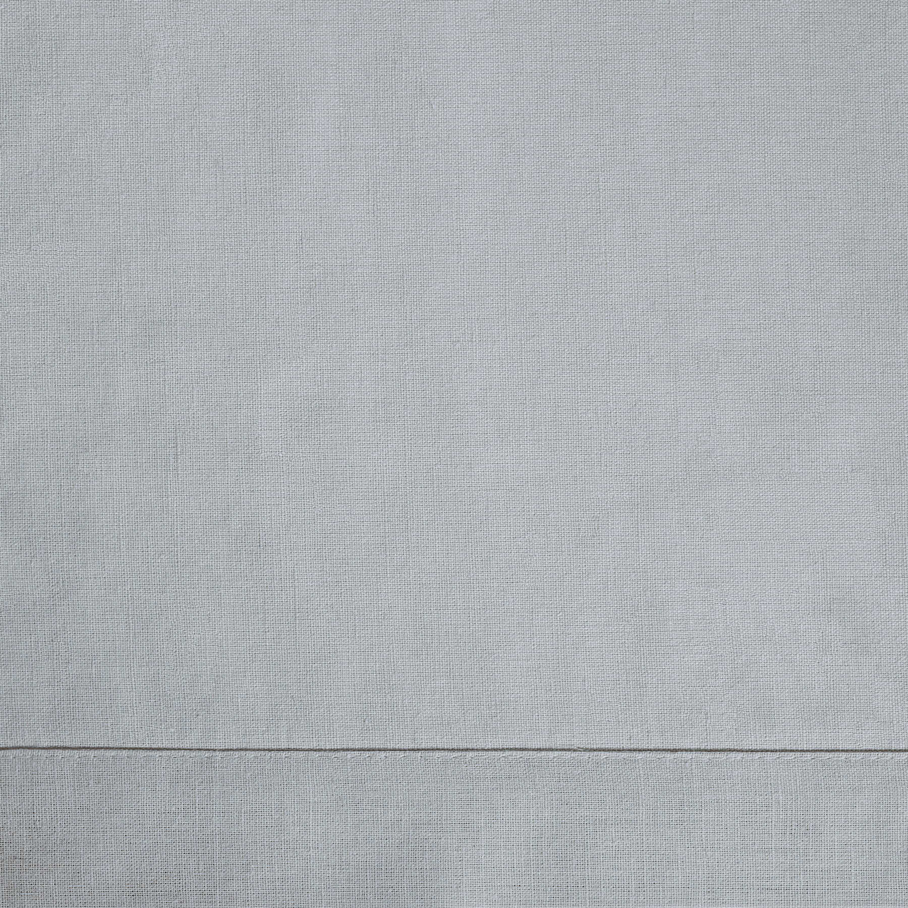 BED SHEET <br />light gray